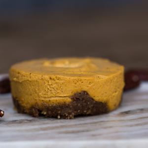 paleo mama bakery pumpkin cheesecake