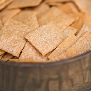 paleo mama bakery cheddar crisps